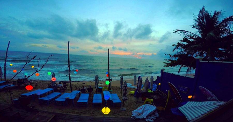 Rory's Beach Bar bên bờ biển Phú Quốc