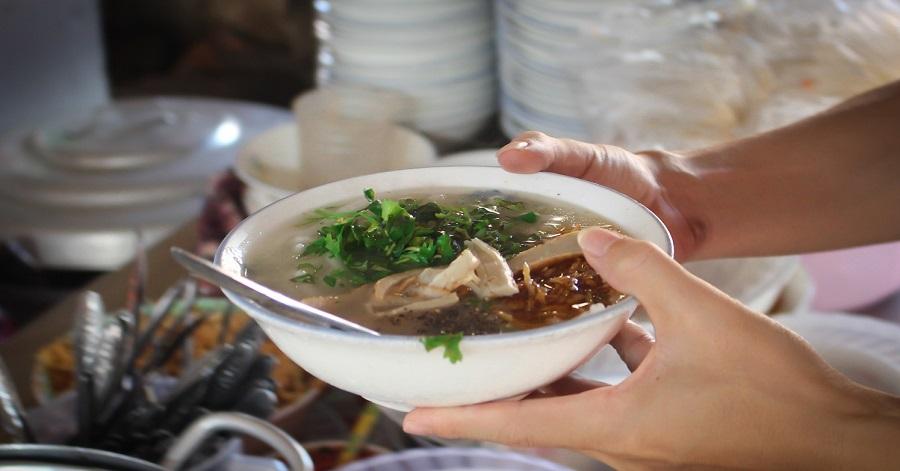 Bánh canh chờ Đà Nẵng