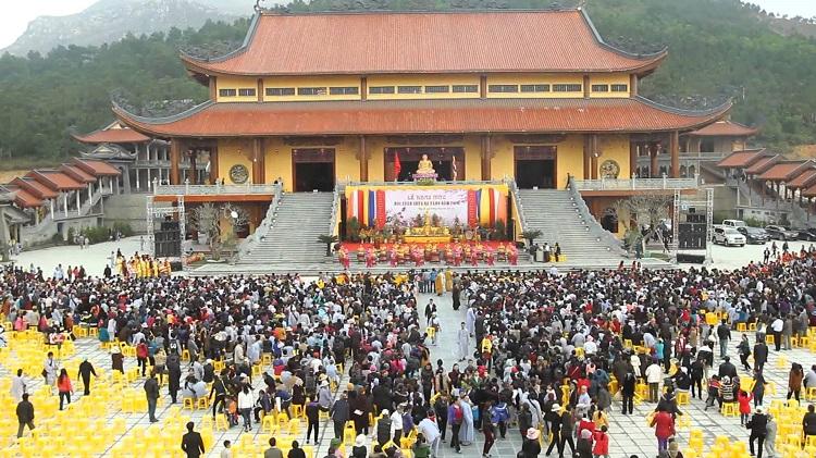 Những điểm lễ chùa đầu năm nổi tiếng nhất khu vực phía Bắc