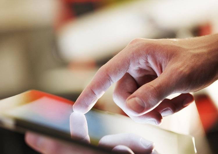 Dịch vụ iPad check-in giúp hành khách tiết kiệm thời gian làm thủ tục
