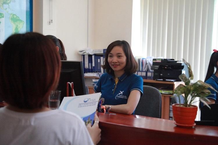 Nhân viên tư vấn của Đại Dương sẽ giúp Quý khách hàng đặt vé máy bay đi Quảng Châu nhanh nhất