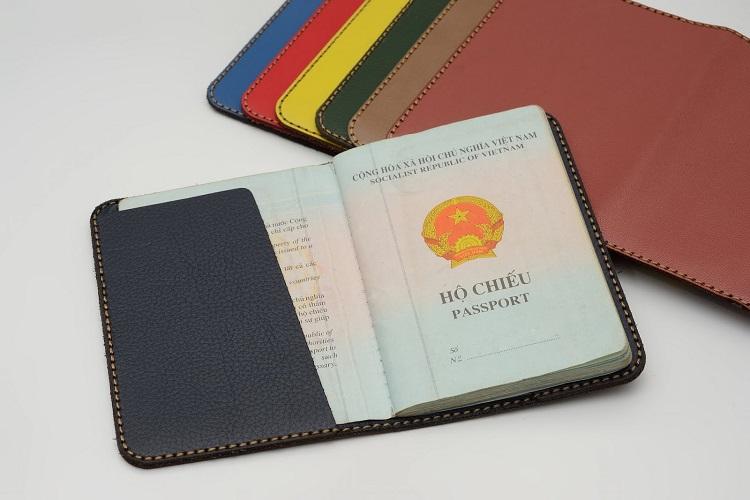Khi đi du lịch Singapore, bạn cũng cần lưu ý đến thời hạn hộ chiếu của mình